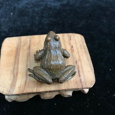 Rare Collectible Chinese Old Copper Handwork Pond Big Eyes Frog Antique Statue