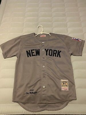 cheap for discount f4a7f f40f3 NEW YORK YANKEES Throwback Jersey