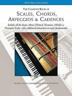 The Complete Book of Scales, Chords, Arpeggios and Cadences - 9780739003688