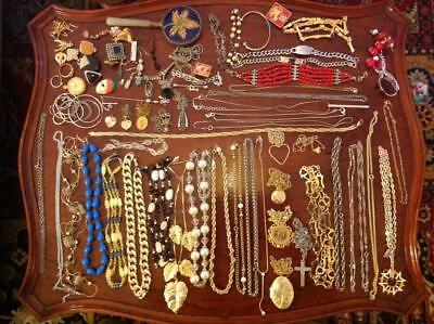Large Vintage Costume Jewellery Job Lot 950g Necklaces Pendants Etc 60s 70s 80's