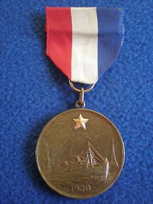 United States: Medal for the Gold Star Pilgrimage to the Battlefields 1930.