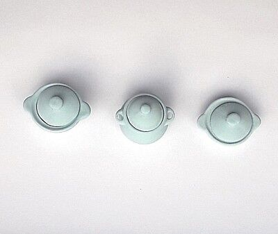 Dolls House Miniature: Set of 3 Pale Blue Ceramic Serving Dishes: 12th scale