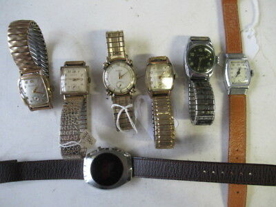 Large assorted job lot of vintage men's wrist watches-->>  (Nice watches)