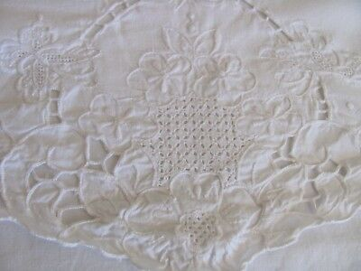 Lot of 4 Envelope Style Pillow Cases - Embroidered Butterflies Floral & Cutwork