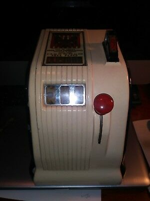 Vintage American Eagle 5 Cent Coin Operated Trade Stimulator