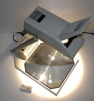 VEGA SAVA C2 - Portable Overhead Projector with Bag ~ Free UK Post
