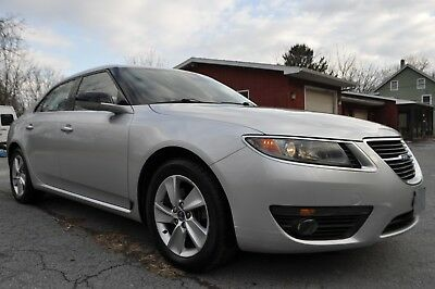 2011 Saab 9-5 Base 2011 SAAB 9-5 6-Speed MANUAL LOW MILES CLEAN TITLE NO ACCIDENTS