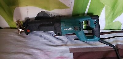 Makita Jr30350T Resiprocating Saw