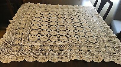 CROCHET Beige, Square Tablecloth 90x90cm & 15 Dollies - Lovely Con