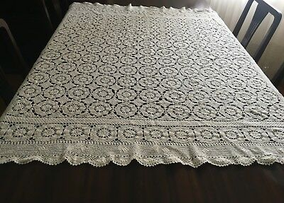 CROCHET Light Beige, Square Tablecloth 130x130cm & 14 Dollies - Lovely Con