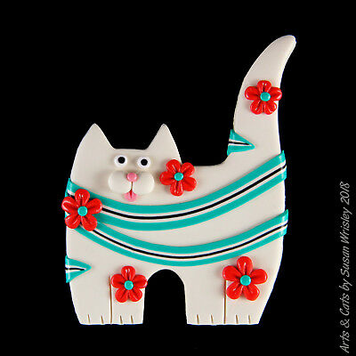 Standing White Kitty Cat, Blue Scarf & Red Flowers Pin - SWris