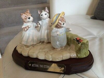BESWICK BEATRIX POTTER - MITTENS TOM KITTEN & MOPPET - TABLEAU - CERTIFICATE etc