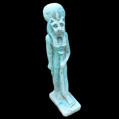 Beautiful Ancient Huge Egyptian Statuette 300 Bc (1)