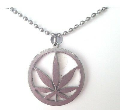 """CHILLY'S Pot Edition MARIJUANA Necklace Cannabis Leaf Weed 24"""" Chain PENDANT NEW"""