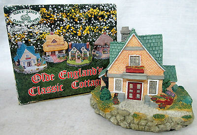 "Vtg 1994 ""YORKSHIRE HOUSE"" OLDE ENGLAND'S CLASSIC COTTAGES Figurine Decor"