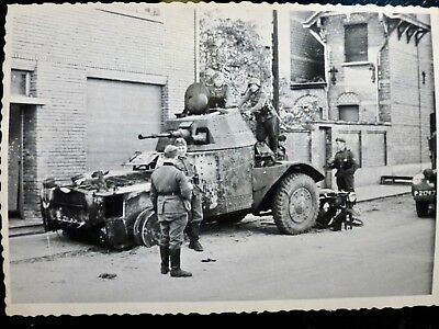 Photo foto WWII WW2 : Automitrailleuse ** PANHARD AMD-178 **