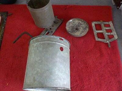 Antique Ice Cream Maker Vintage 1 Qt. for display only   (SH)