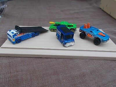 Job Lot Of 4 Assorted Old & New Hot Wheels 15-Used/mint/unboxed