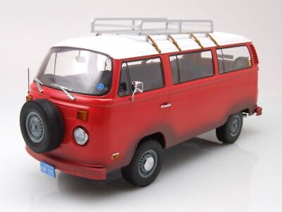 VW T2 b Bus 1973 Field of Dreams rot Modellauto 1:24 Greenlight Collectibles