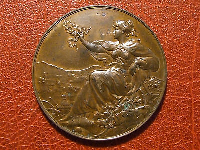 Art Nouveau victory seated with laurel crown in hand 1896 Paris medal