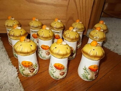 HTF SET of 12! Vintage 1977 Merry Mushroom Sears Roebuck Spice Jar Shakers JAPAN