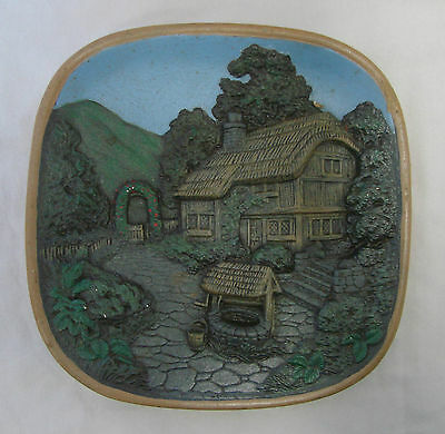 Mikes Mold Home Garden Trellis Wishing Well Clay Pottery Plate Decor Vintage
