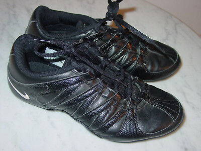 2011 Womens Nike Musique IV Black White Cheer Dance Fitness Shoes! Size 6 32b767ca11