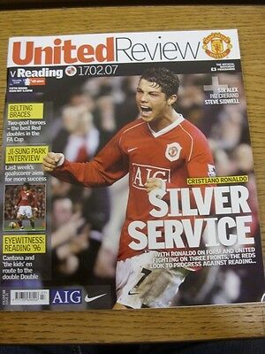 17/02/2007 Manchester United v Reading [FA Cup] . Bobfrankandelvis the sellers o