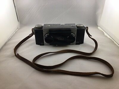 Vintage STEREO REALIST 35mm Rangefinder Camera by David White F3.5