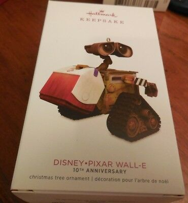 2018 Hallmark Keepsake Disney Pixar 10th Anniversary Wall-E Ornament  New in Box