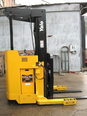 "Yale NR035AD Reach Forklift Truck Stand on 212"" lift 3500# cap w/ S/S Tilt 24V"