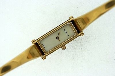 95510f26a69 AUTHENTIC GUCCI 1500 Ladies Gold Tone Luxury Watch ~! -  68.00 ...