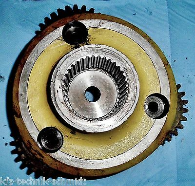 Planetary Gear Left by John Deere 2040 Tractor Transmission