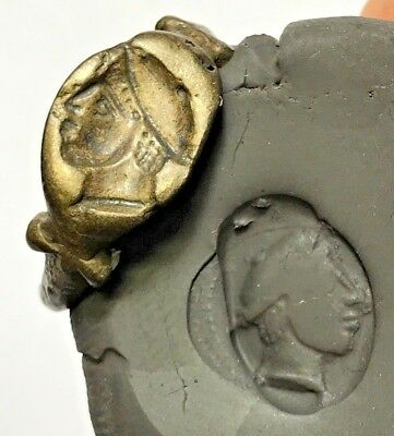 Museum Quality Roman Military Bronze Seal Ring Soldier Head Ca 100-200 Ad
