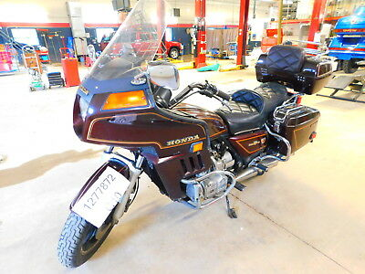 1983 Honda Gold Wing  1983 Honda Gold Wing  T1277872