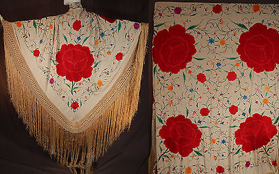 Antique Cream Silk Embroidered Large Red Roses Manton de Manila Piano Shawl Vtg