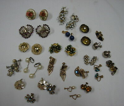 Lot of 20 Pairs of Vintage Earrings Nice Condition Many Rhinestones etc.