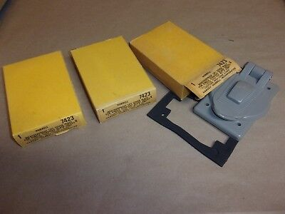 Hubbell Weatherproof Lift Cover Plate 7423 , lot of 3