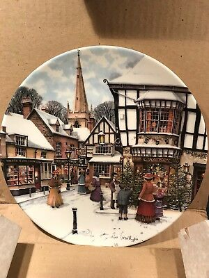 1991 ROYAL DOULTON-Victorian CHRISTMAS Tree PLATE w/Box & Certificate