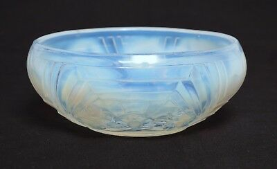 Attractive Antique French Opalescent Art Deco Glass Bowl, The Manner Of Lalique