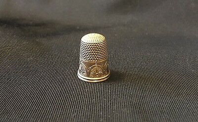 "Vintage Ornate Gold Sewing Thimble Engraved ""MRJ"" Stamped Size 8"