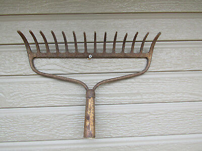 Rustic Rusty Repurpose Old RAKE HEAD Garden