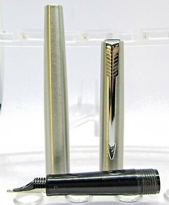 PARKER  Fountain Pen LC made in france never been used .