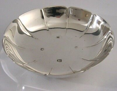 CONTEMPORARY ENGLISH SOLID STERLING SILVER FLOWER DISH BOWL 1970 100g