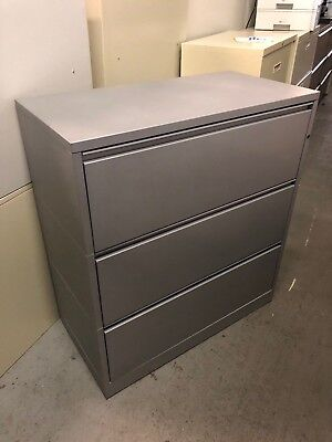 Incredible 3 Drawer Lateral Size File Cabinet By Herman Miller Meridian W Lockkey Interior Design Ideas Truasarkarijobsexamcom