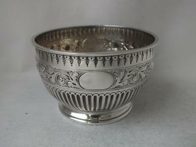 Nice Antique Victorian Solid Sterling Silver Bowl 1884/ Dia 8.4 cm/ 118 g