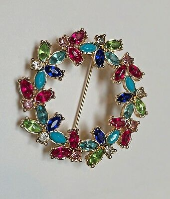 Stunning Avon Xmas Holiday Multicolor Rhinestone Wreath Pin Brooch - New In Box