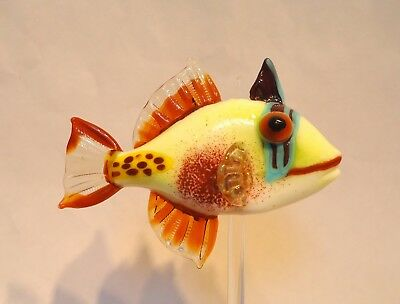 deb crowley lampwork glass Black Patch Trigger fish bead with stand Lifelike!
