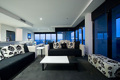 GOLD COAST ACCOMMODATION Circle 3 Bedroom Luxury Ocean Apartments 5nts $1,550
