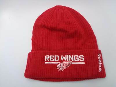 73f37ad73c6 Detroit Red Wings Reebok NHL Knit Ribbed Cuffed Red Hat Cap Toque Beanie  OSFA
